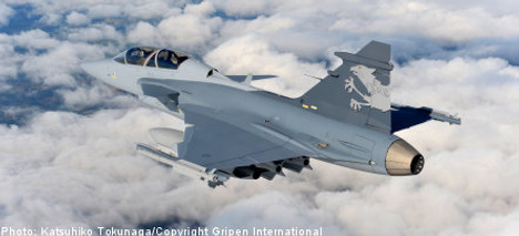 Swiss MPs say yes to Swedish Gripen jets