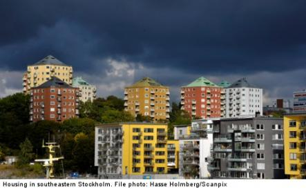 """<font size=""""5"""">Odds for Stockholm flat: 1 in 2,000</font><br>On the housing front, new statistics show that of 86,179 young people in the housing queue, only 40 found homes last year.<br> <a href=""""http://www.thelocal.se/50572/20131003/"""" target=""""_blank""""> Read about the bleak housing situation.</a>"""