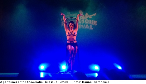 Feathers and flesh at Stockholm Burlesque