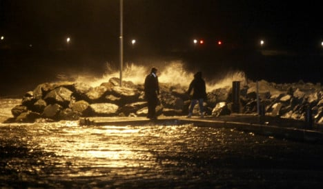 30,000 without power as storm Hilde hits