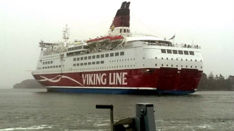 Grounded ferry passengers head home