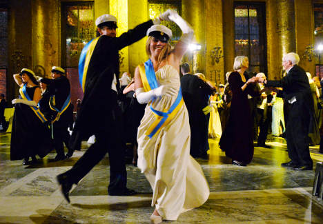 IN PICTURES: Nobel gala's flashiest fashion