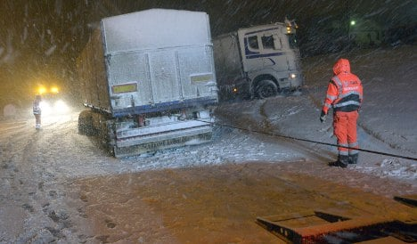 Accidents aplenty as more snow hits Sweden