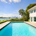 """Miami Beach: Picture the scene - you're in this incredible house on the Venetian Islands, sipping on a cocktail and thinking of your friends back in Sweden. And you're laughing. Maniacally. <b><a href=""""http://www.holidaylettings.co.uk/rentals/miami-beach/1129160?utm_source=The+Local+Sweden&utm_medium=CPA&utm_campaign=Search+now+button"""" _blank""""="""""""">Find out more here</a>.</b>Photo: Holiday Lettings"""