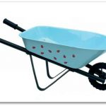 Kids love to be part of the adult world, on their own terms of course. Jabadabado lets kids participate in adult activities while keeping all the fun of being a kid. We are finally coming out of the dark here in Sweden and you  know what that means... preparing for summer.  Gardening season will begin before you know it and this wheelbarrow will get your little helpers properly motivated.