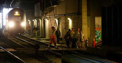 Stockholm trains evacuated in tunnel