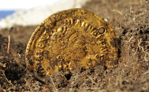 Gold coin may be key to solve Sweden's 'Pompeii'