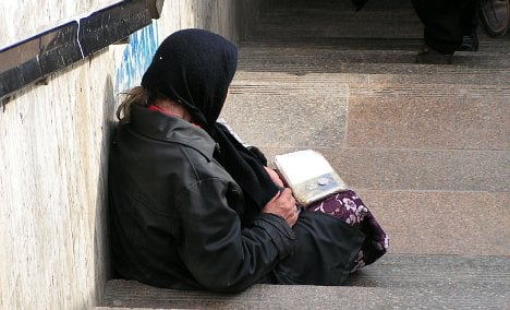 Politician ousted after beggar 'parasite' post