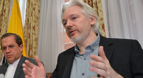 'Assange to stay put until US guarantee': lawyer