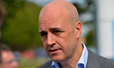 Can Sweden's strong economy save Reinfeldt?