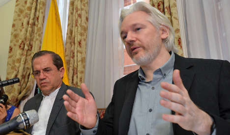 Sweden pours doubt on Assange extradition