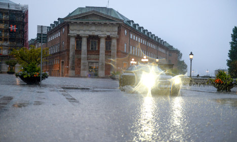 Flood and high wind warning in east Sweden