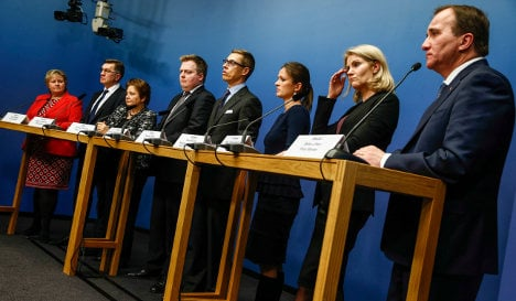 Swedish PM forgets name at Nordic summit