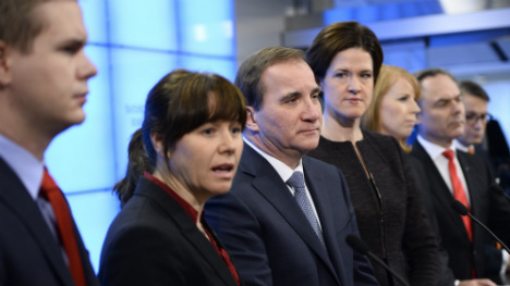 Sweden cancels snap election in March 2015