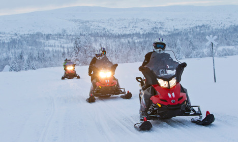 What you should know before a snowmobile trip