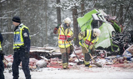 One dead in mass crash in central Sweden
