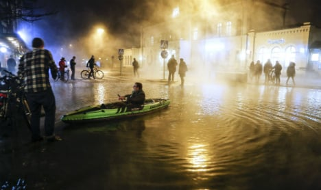 One dead as piping hot water floods Lund