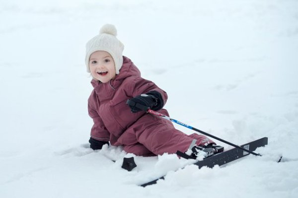 Princess Estelle is already learning how to ski as she turns three.Photo: Kungahuset