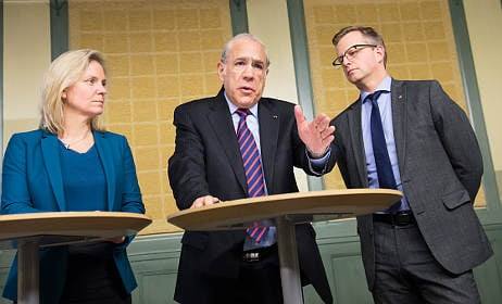 Sweden needs lower wages for young: report