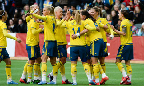 Sweden ladies red-faced over infectious 'clap' tag