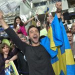 Eurovision winner Måns celebrates with pizza
