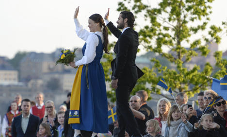Sweden gripped by royal wedding countdown