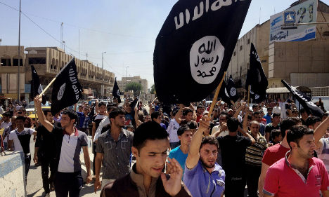 SMS loans fund Syria terror trips from Sweden