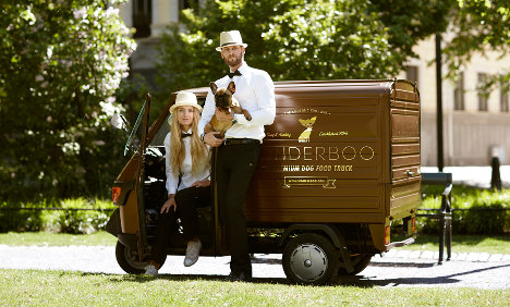 Sweden gets first food truck for posh dogs