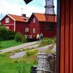 """<p> Read more -&nbsp;<a href=""""http://www.thelocal.se/20150615/harstena-life-on-swedens-secret-islands-ostergotland-archipelago-tlccu"""" style=""""text-decoration: none; color: rgb(245, 112, 0); font-family: arial, helvetica, clean, sans-serif; font-size: 12.8000001907349px;"""">Harstena: Life on Sweden&#39;s secret islands</a></p>Photo: Göran Trysberg/Valdemarsvik.se"""