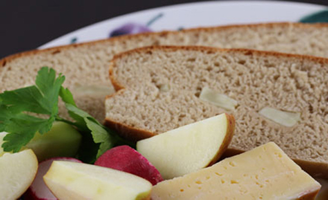 Recipe: How to make Swedish rye bread with apple