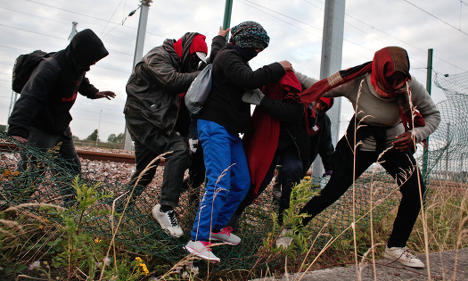 Sweden critical of UK policy on Calais migrants