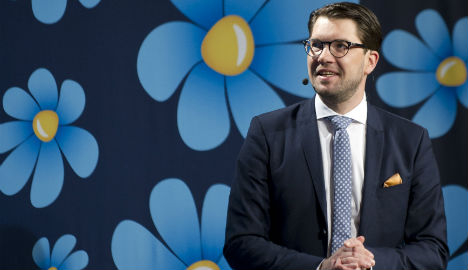 Sweden Democrats eye power after border move