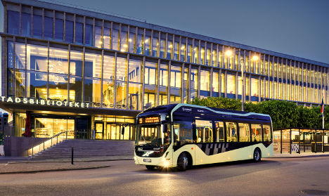 Sweden's silent buses making a loud noise