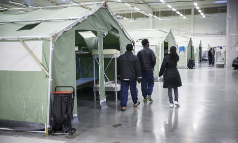 Migrants to be turned back at Sweden's border
