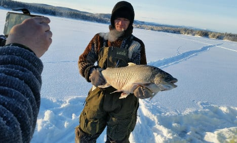 This enormous catch broke an ice fishing record in Lapland