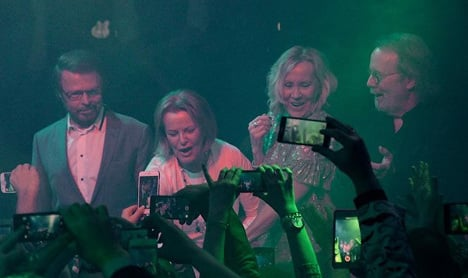 This is the historic moment when Abba reunited on stage