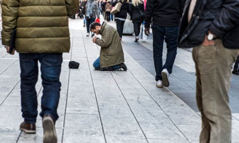 Swedes told to stop giving cash to beggars