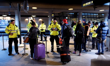 Swedish firms risk fines after refugees caught without IDs