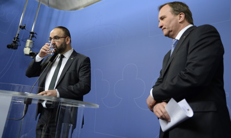 Sweden's housing minister quits after extremism row