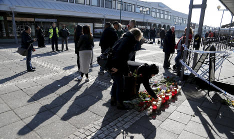 Eight charged over shooting at Gothenburg restaurant