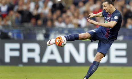 Swede hotshot Ibrahimovic lifts cup in PSG swansong
