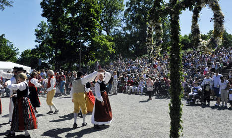 Dream weather predicted for Swedish Midsummer