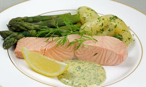 How to make Swedish cold poached salmon