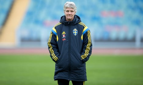 Six times coach Pia Sundhage proved she's just the coolest
