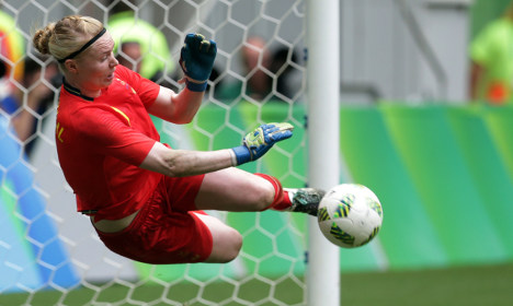 Burned-out Sweden keeper blazes a Rio trail