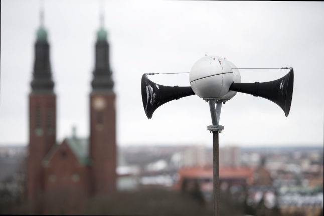 HOOONNNK! What's that noise? No need to freak out, Sweden
