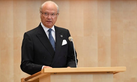 Sweden's king stands up for the EU in parliament speech