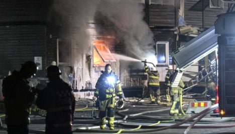 Nearly 40 immigrants evacuated in new asylum fire