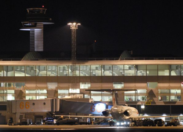 Swedish police carry out check on Berlin flight to Stockholm