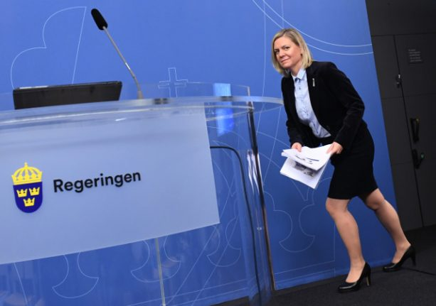 Sweden reports a budget surplus for 2016, pats itself on back